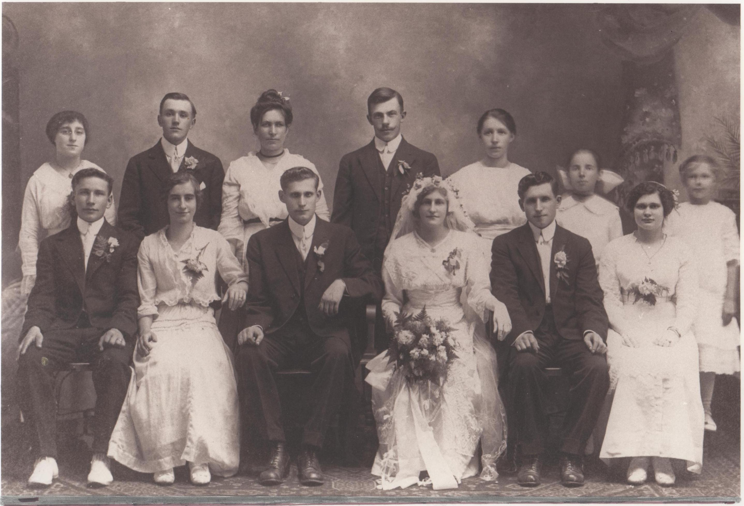 Genevieve Klaus & Joseph Zielinski wedding party