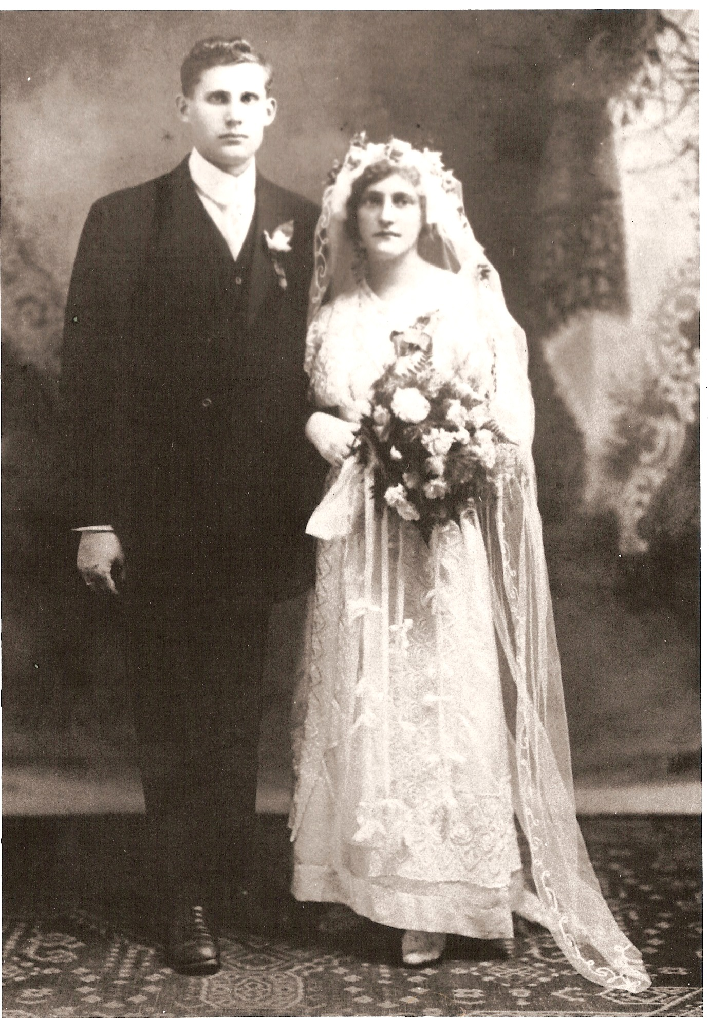 Genowefa Klaus and Jozef Zielinski wedding.jpg