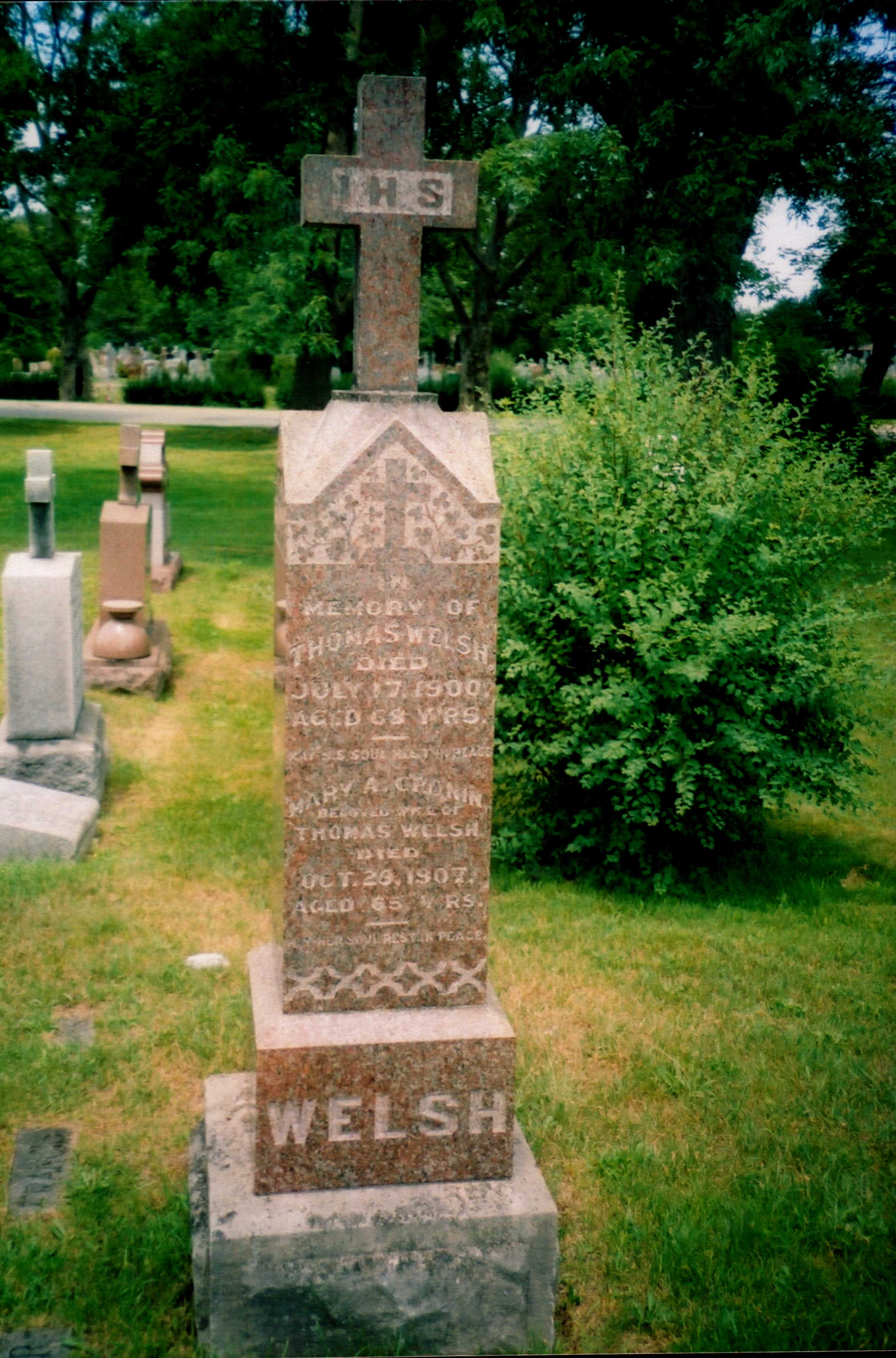 Thomas and Mary Ann Welsh grave marker